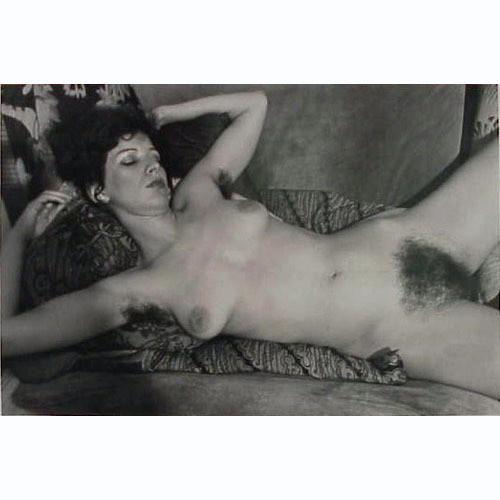 Части тела: Обнаженные женщины на фотографиях 70х-80х годов. Изображение № 111.