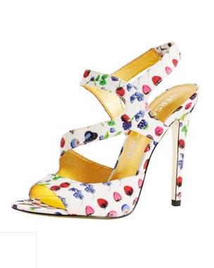 Лукбук: Круизная коллекция Versace для H&M. Изображение № 3.