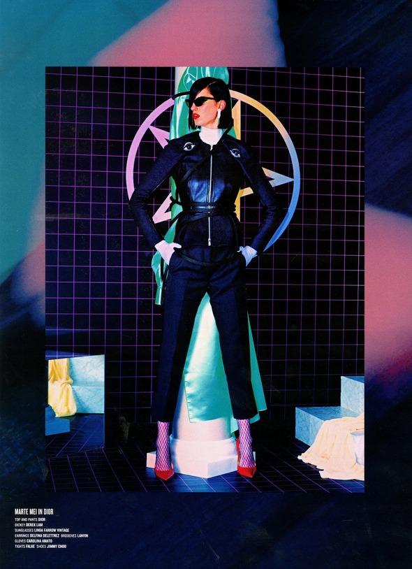 Стоп-кадр: Новые съемки Love, Russh, Vogue и V. Изображение № 80.