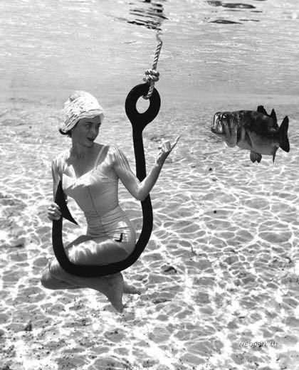 Подводные фотографии Bruce Mozertom 1938 года. Изображение № 9.
