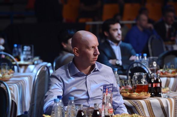 Звезды поддержали спорт на третьем этапе чемпионата России по смешанны. Изображение № 2.