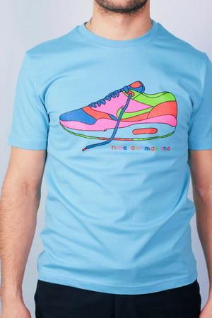 Серия футболок Sneakers Idols отExtra. Изображение № 6.