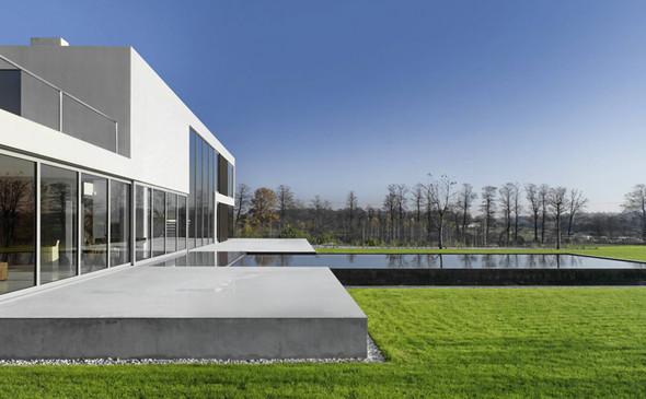 Aatrial House — дом-«вытынанка». Изображение № 5.