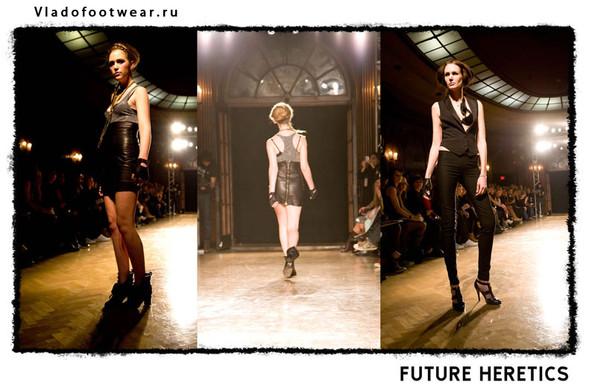 Vladofootwear & Future Heretics Показ 2009. Изображение № 11.