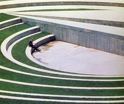 Новая земля: Гид по современному ленд-арту. Изображение № 157.