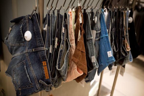 Джинсомания: обзор зоны Denim Fashion в ЦУМе. Изображение № 37.