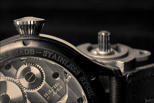 Steinhart Nav B-Uhr black. 370 EUR (19% VAT incl.). Изображение № 47.