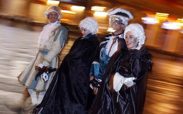 Венецианский карнавал масок. Изображение № 27.