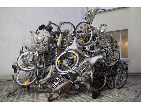 Бастующие велосипеды в Colette, зеркальная сталь в Kensington Gardens и другие новости. Изображение № 4.