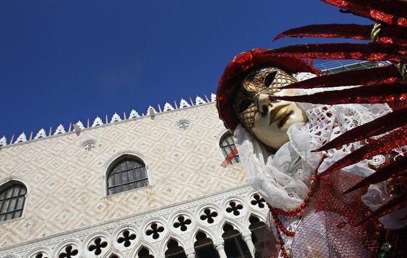 Венецианский карнавал масок. Изображение № 10.