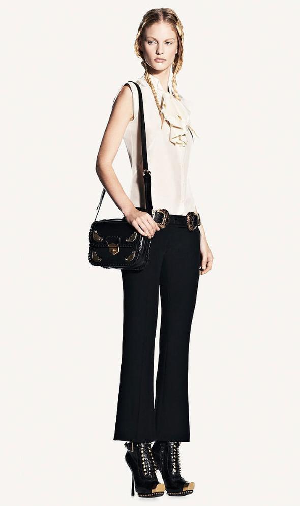 Look-book Alexander McQueen весна 2011. Изображение № 10.
