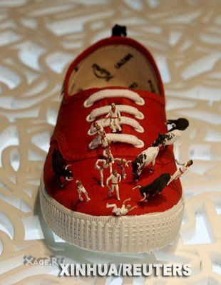 Такая странная обувь. Изображение № 3.