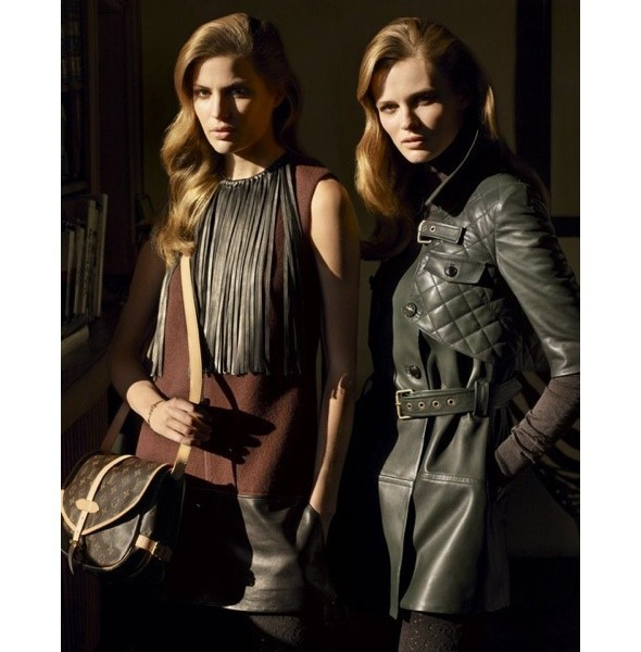 Louis Vuitton Pre-Fall 2010. Изображение № 19.