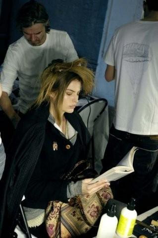 «Читать модно». Изображение № 4.
