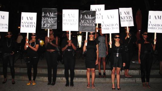 Главные протесты в моде: От человеческих волос до голой демонстрации. Изображение № 11.