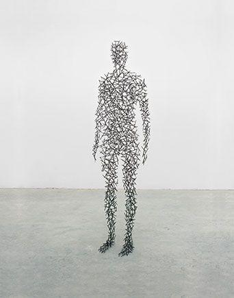 Человек-скульптура. Изображение № 5.