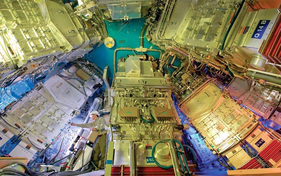 Как выглядит комплекс с самыми мощными лазерами в мире. Изображение № 13.