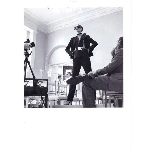 Изображение 38. Съемки: Harper's Bazaar, Metal, V и Vogue.. Изображение № 32.