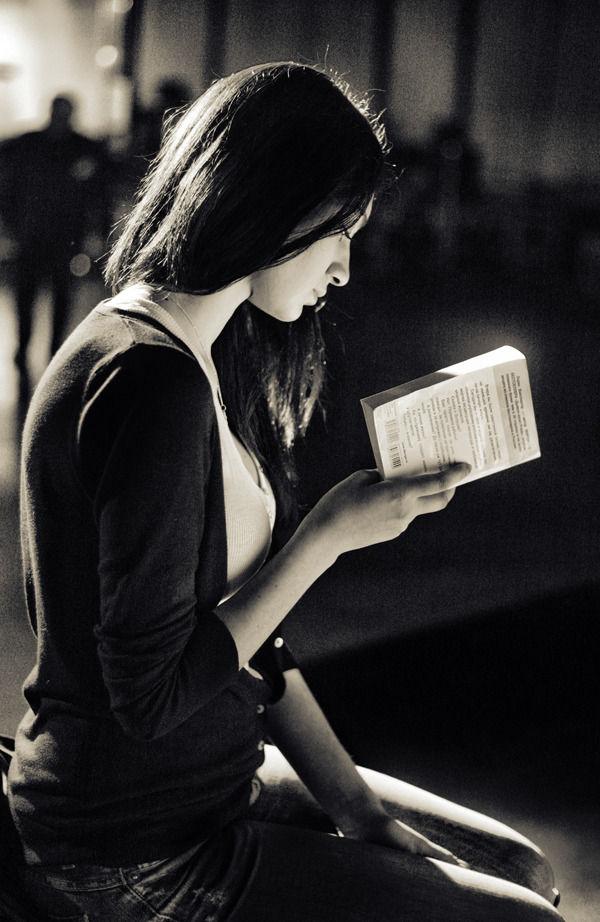 Что читают модели?. Изображение № 1.
