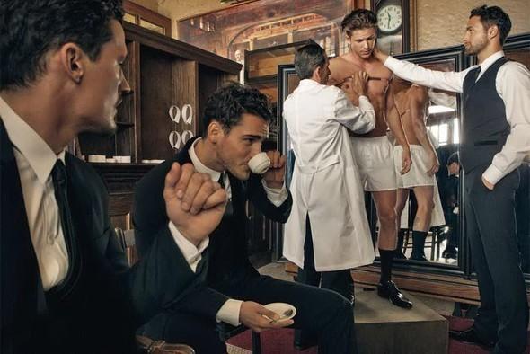 Dolce & Gabbana Fall 2010. Изображение № 4.