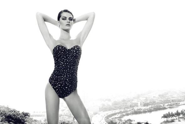 Изабели Фонтана в новой фотосессии Жака Декекера . Изображение № 16.