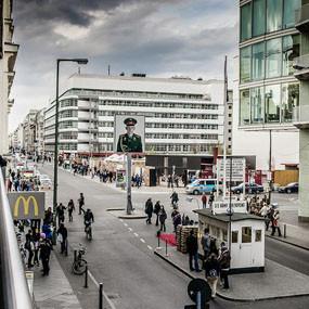 Гид по Берлину в кинокадрах: Музеи, гей-клубы, вокзалы и кладбища. Изображение № 13.