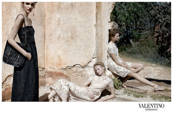Кампания: Valentino SS 2012. Изображение № 4.