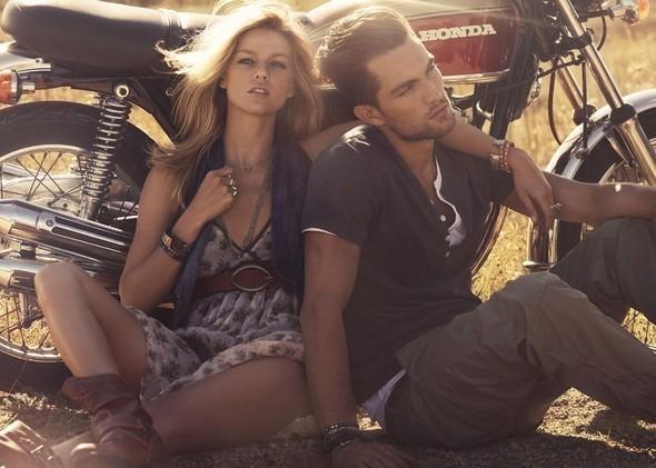 Новые рекламные кампании: Max Mara, Moschino и Calliope. Изображение № 18.