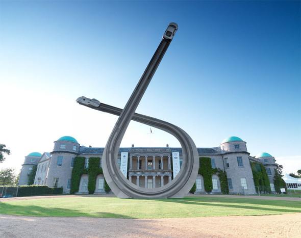 ДляAudi сделали 40-тонную скульптуру к100-ю. Изображение № 3.