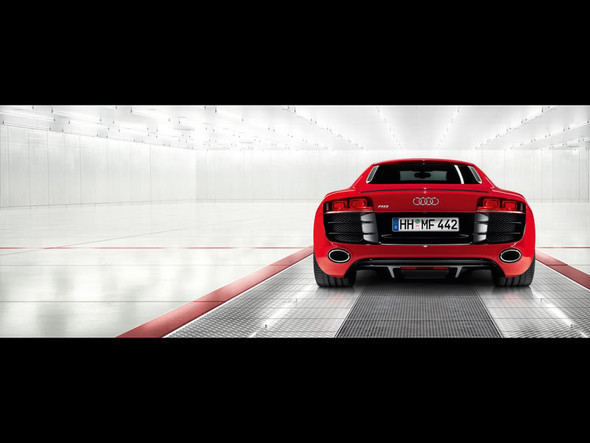 Audi R8 5. 2 FSIquattro. Изображение № 3.