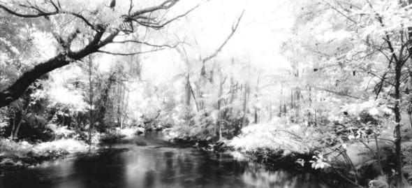 Невидимый мир на грани тепла и света. Выставка Арсена Ревазова. Изображение № 1.