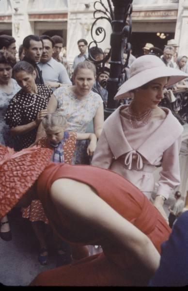 4244fa828d5a 1959 г. Christian Dior в СССР. Изображение № 1.