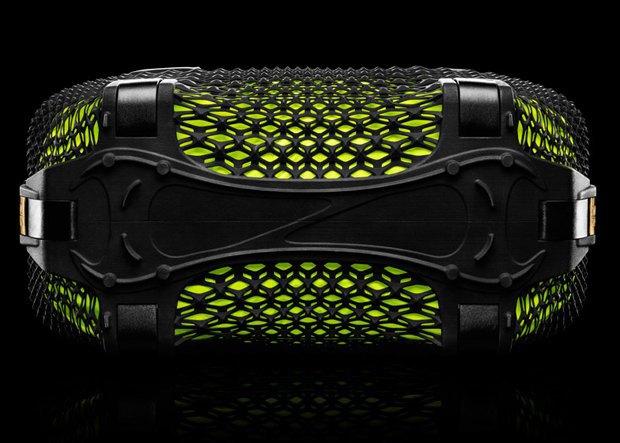 Nike представила напечатанную на 3D-принтере сумку. Изображение № 3.