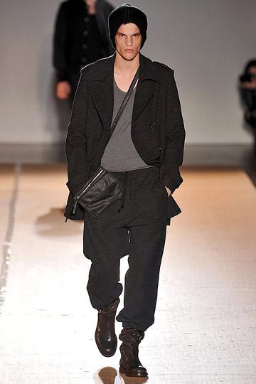 Неделя моды в Париже: мужские показы. Изображение № 99.