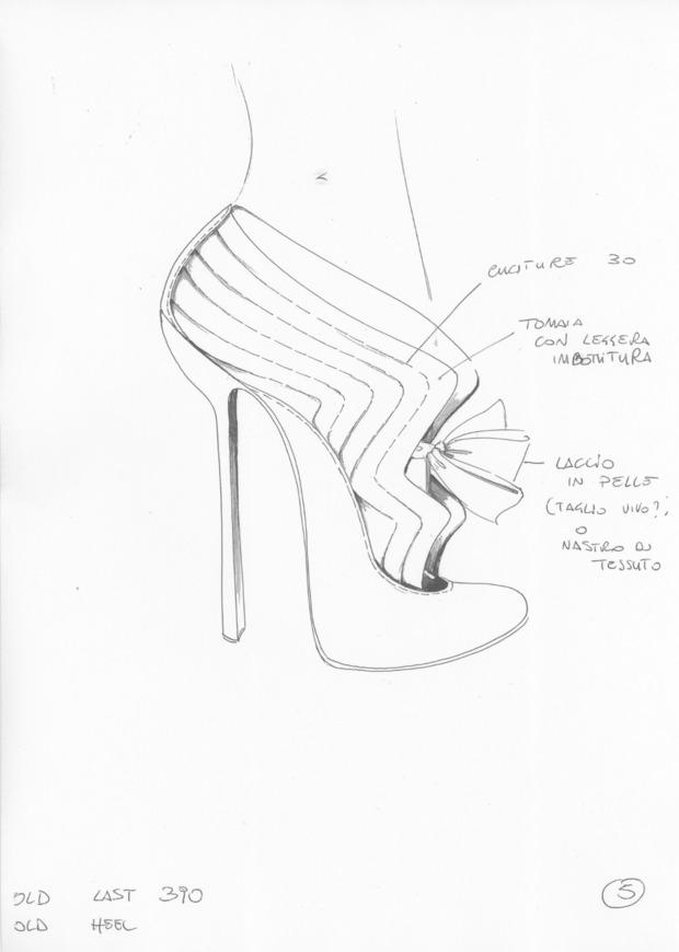 Дизайнер дома Alexander McQueen создал коллекцию обуви для CORSOCOMO. Изображение № 3.