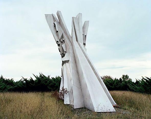 Арт-альбомы недели: 10 книг об утопической архитектуре. Изображение № 62.