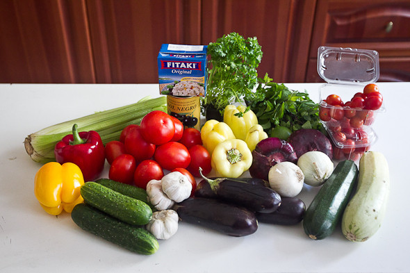 Овощное рагу, гаспачо, греческий салат: Настоящий осенний обед. Изображение № 8.
