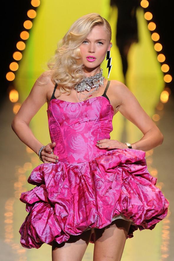New York Fashion Week: Betsey Johnson Spring 2012. Изображение № 75.