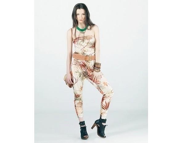 Лукбуки: Bershka, Urban Outfitters, Zara и другие. Изображение № 12.