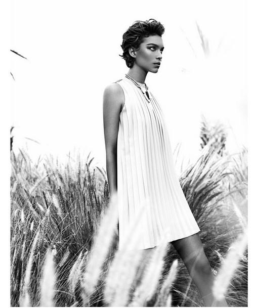Кампания: Аризона Мьюз для Massimo Dutti SS 2012. Изображение № 10.