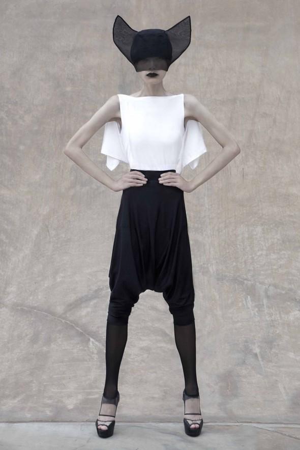 Японский минимализм в одежде – кошечки от Max Tan. Изображение № 11.