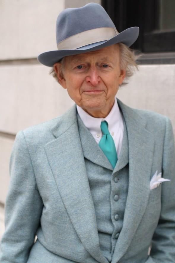 Быть Томом Вулфом или мужское искусство носить белый пиджак. Изображение № 7.