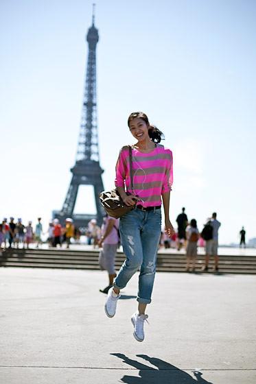Уличный стиль на Неделе высокой моды в Париже. Изображение № 53.