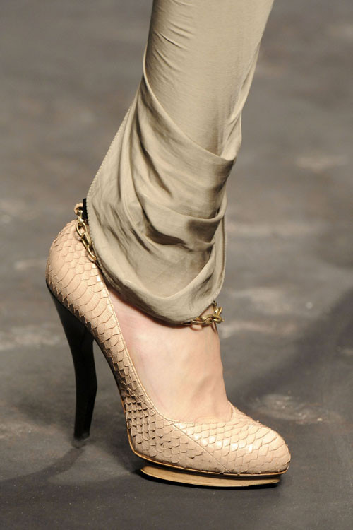 Spring Summer 2010 Lanvin Collection by Alber Elbaz. Изображение № 8.