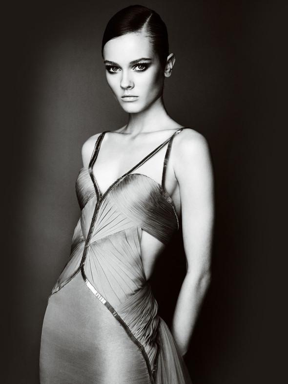Atelier Versace FW 2010. Изображение № 20.