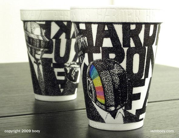 Рисунки маркером накофейных стаканчиках. Изображение № 6.