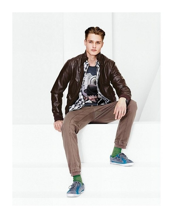Лукбук: United Colors of Benetton Fall 2011 Menswear. Изображение № 4.