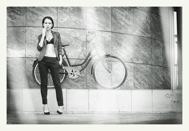 VELOVE. Любовь, Девушки, Велосипеды.. Изображение № 12.
