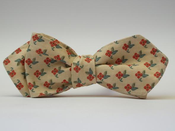 Churchill - новый украинский бренд галстуков-бабочек ручной работы. Изображение № 4.