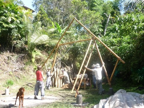 The paradise builders. Экопоселения Южной и Центральной Америк. Изображение № 29.